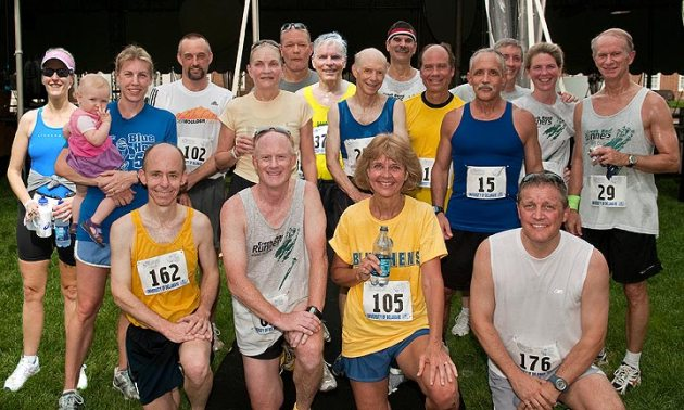 photo of CRR participants in 2010 Blue Hen 5K