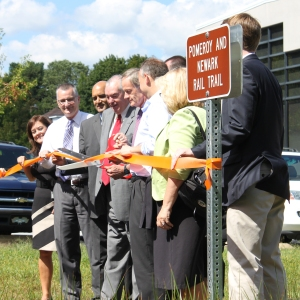 federal, state, and local officials cut the ribbon to open the Pomeroy Trail