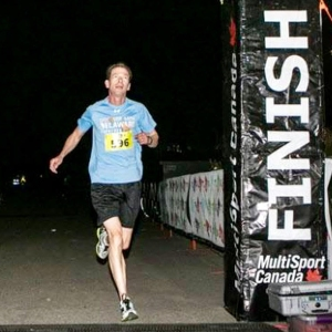photo of Bruce Weber finishing SIBOS 5K in Toronto