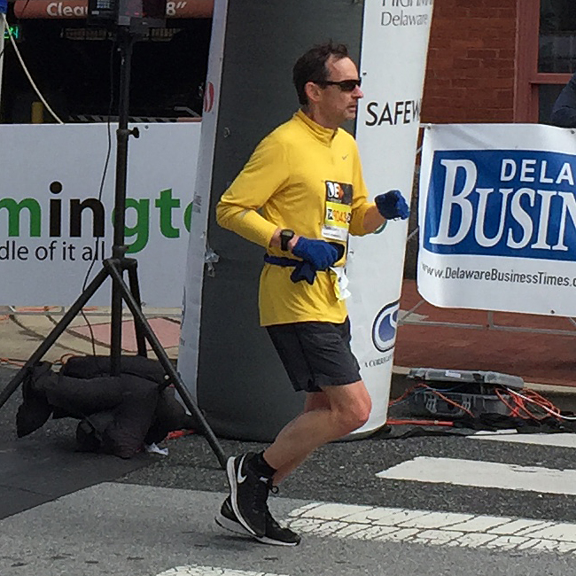 close-up photo of Bill Farquhar finishing