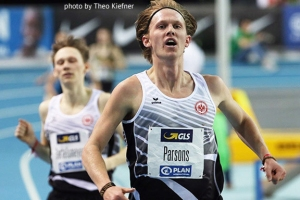 photo of Sam Parsons finishing 3,000m indoor race in Leipzig, Germany (photo by Theo Kiefner)