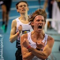 photo of Sam Parsons after winning the 3,000m German Indoor National Championships in Leipzig